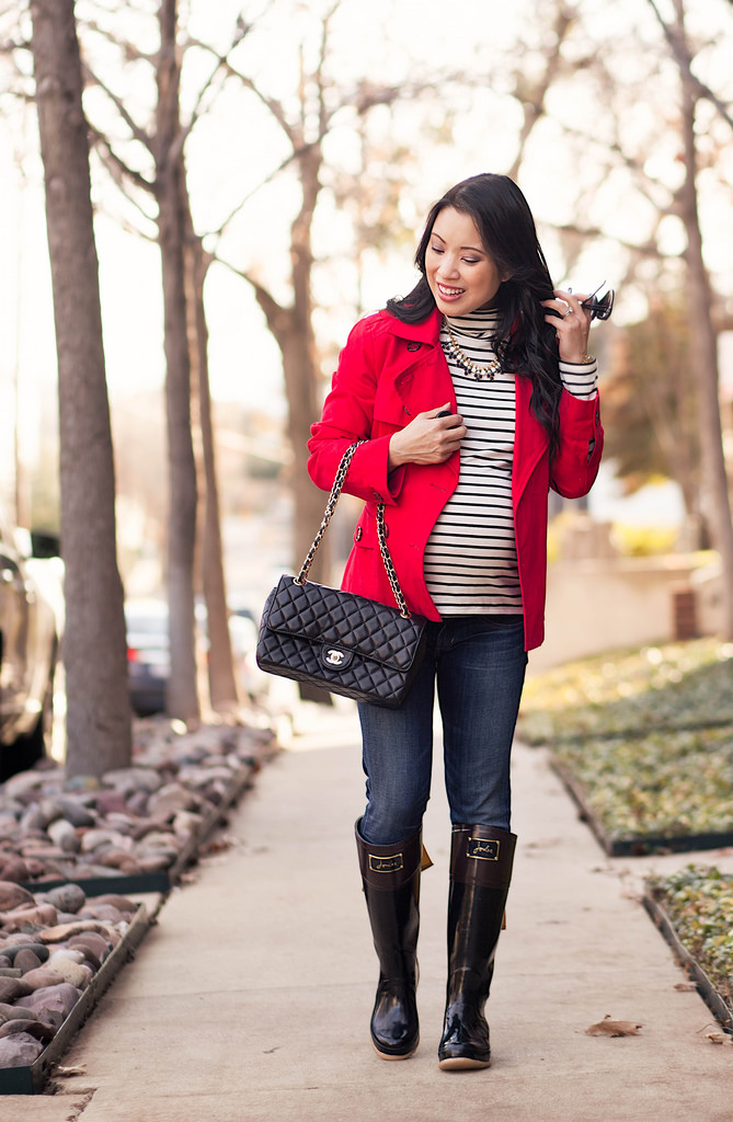 Red Trench + Joules Bow Rain Boots // 40-Week Bump