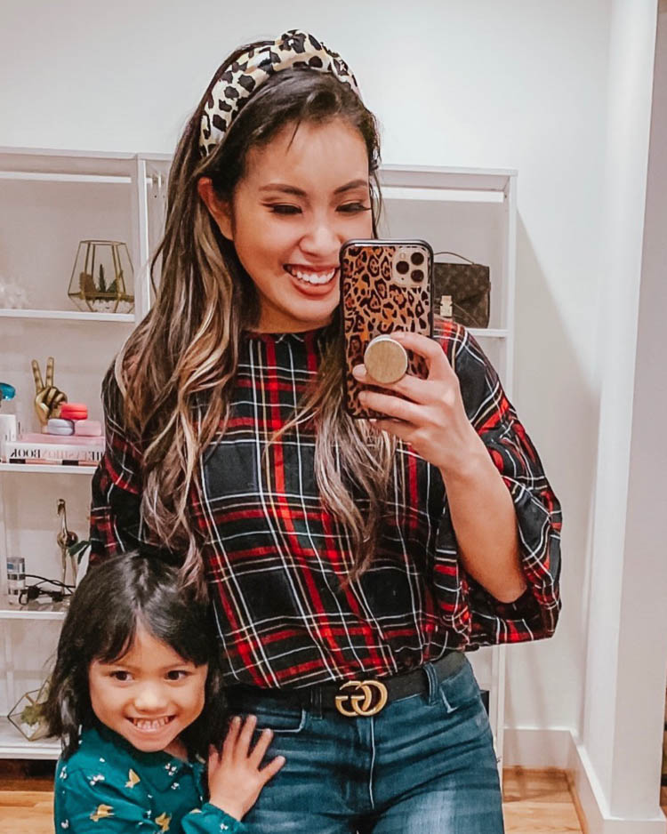 cute & little   dallas petite fashion blog   embellished lele sadouhi leopard headbands winter outfits   The Chic Headbands Trend by popular Dallas petite fashion blog, Cute and Little: image of a woman wearing a Lele Sadoughi Silk-Blend Leopard Print Knotted Headband.