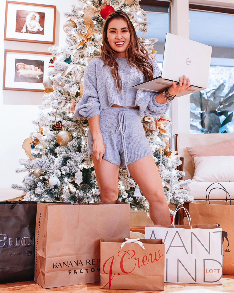 Easiest Way To Save Money On Holiday Shopping